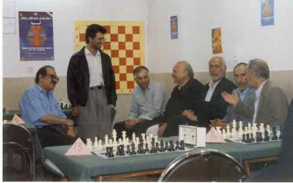 از چپ به راست : اقایان قدرت اله راستی - علیرضا شاه سیاه -؟-بهمن دهقان - انوشمهر - محمد میرجانی - ؟